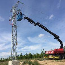Alquiler grúas para subestaciones eléctricas